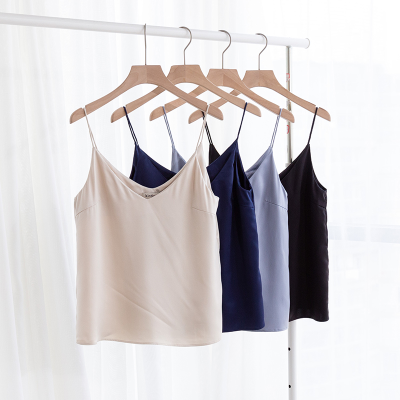 women loose tank top fashionable silky satin tank top for all seasons M30500(China)