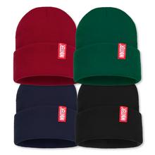 Czapki zimowe dla kobiet nowe czapki z dzianiny solidna śliczna czapka dziewczyny zimowe ciepłe czapki damskie czapki cieplejsze czapeczki damskie nieformalna czapka tanie tanio SIMPLESHOW Dla dorosłych Poliester Unisex Stałe Skullies czapki Na co dzień