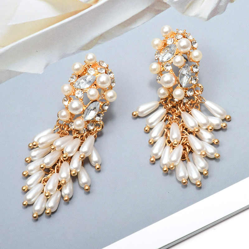 Wholesale New Hang Pearl Dangling Drop Long Earrings Studded With Crystal Fashion Jewelry Accessories For Women Christmas Gift