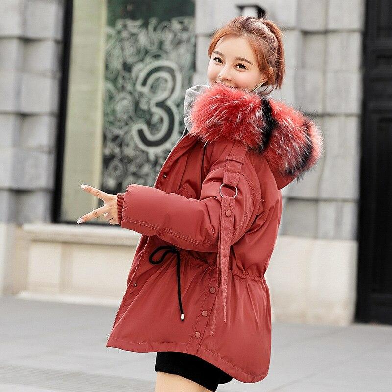 2019 moda mujer chaqueta de invierno de algodón acolchado cálido grueso negro y blanco Cuello de piel señoras abrigos cortos Parka chaquetas de mujer
