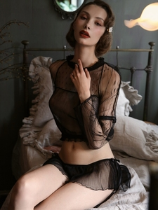 Image 3 - Sexy Pyjama Voor Vrouwen Zomer Slanke Transparant Kant Netto Lange Mouwen Tops En Ruches Verleiding Shorts Sexy Twee Stuk set