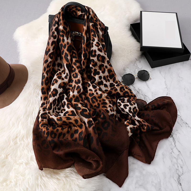 Cotton Scarf Hijab Women Leopard Print Shawls And Wraps High Quality Foulard Solid Workmatch Pashmina Long Neck Scarfs Winter