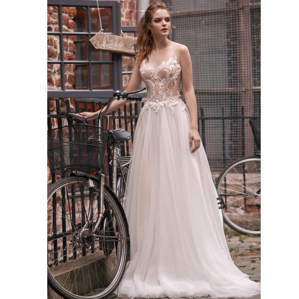 Charming Tulle Beach Wedding Dresses V-neck Sleeveless Lace Applique Sweep Train A Line Wedding Gown Vestido de Novia