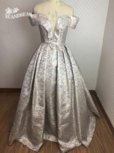 Image 1 - 2019 specail 日プリントローブ · ド · ソワレマンズフォームロングディナーガウンプリーツパフィースカート女性ウエディングドレス XD 48