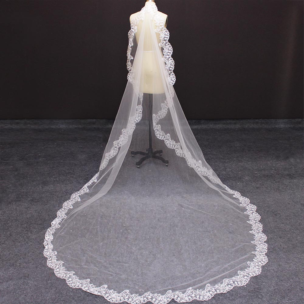 Cathedral Wedding Veil With Lace Edge 3 Meters Long Bridal Veil With Comb New Elegant White Ivory 300cm Veil Wedding Accessories