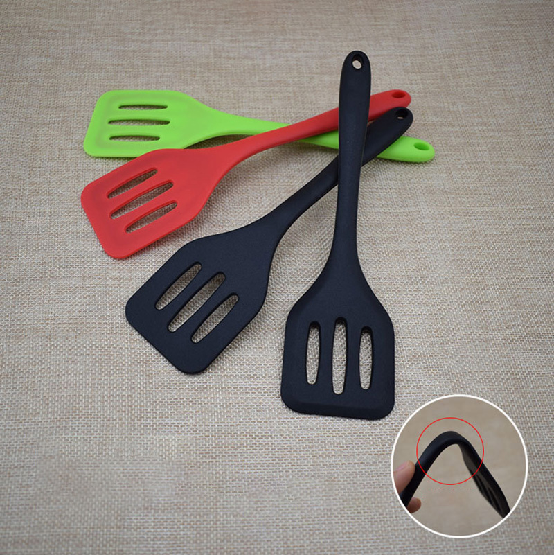 1pcs Cooking Gadgets Egg Fish Frying Pan Scoop Silicone Spatula Fried Shovel Cooking Utensils Home Kitchen Tools