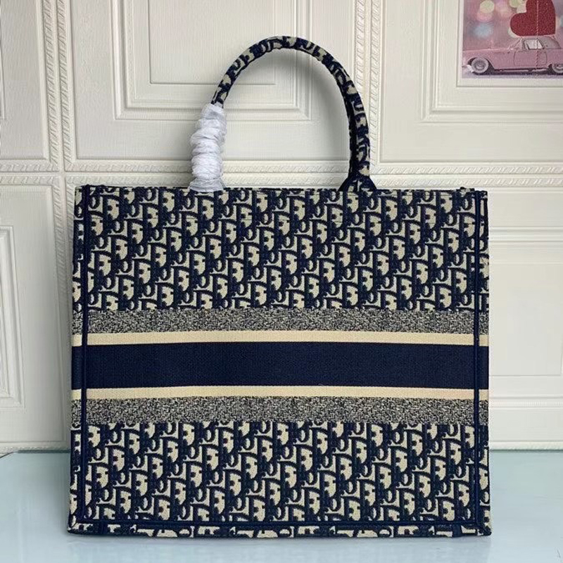 Ladies Embroidered Tote Bag Top Designer Luxury Tote Bag Ladies New Fashion Large Capacity Shopping Bag Free Shipping