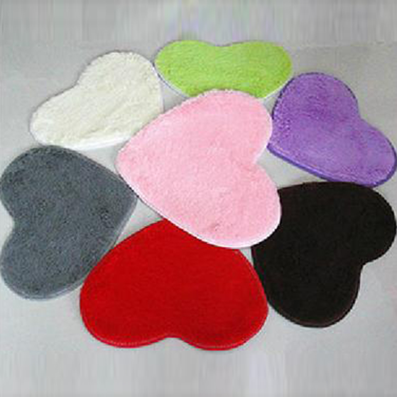 1PC Lovely Heart-shaped Silk-wool Carpet Tea Table Bed Do Not Remove Woolen Carpet Bedroom Living Room Decor 30x40cm