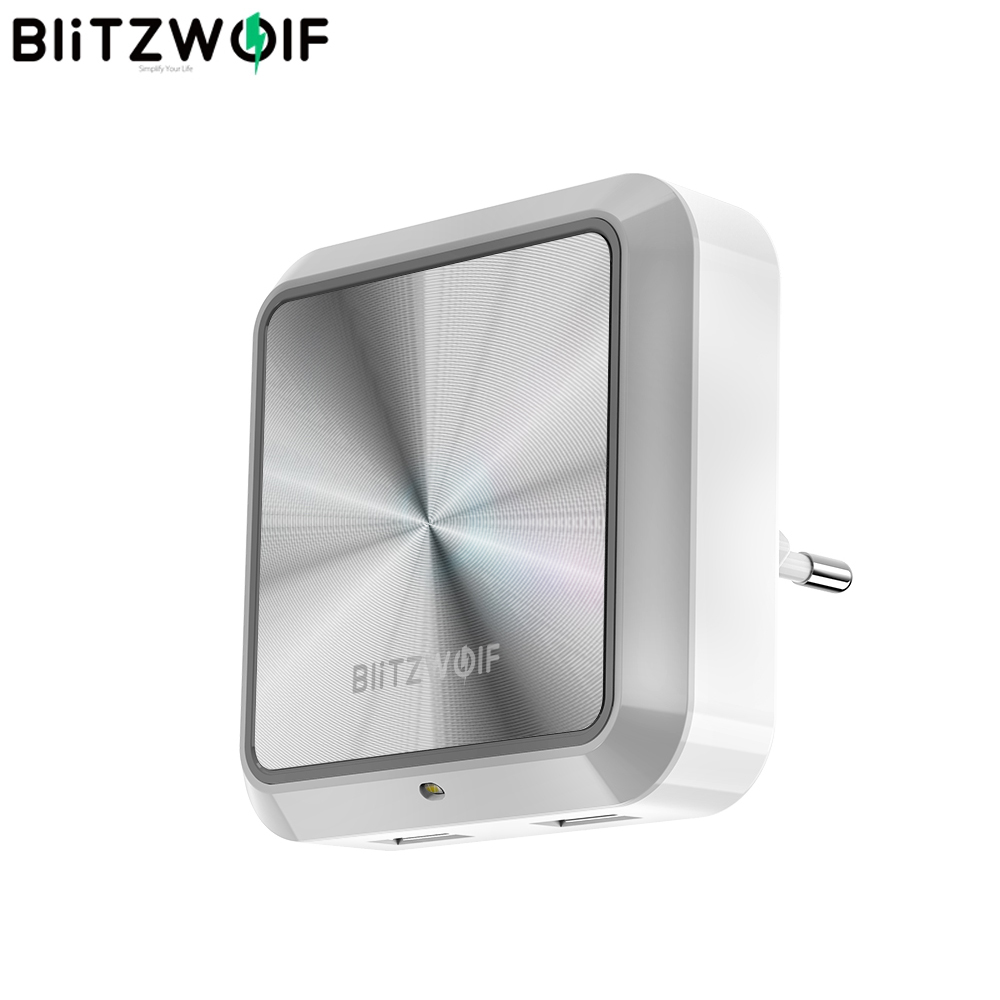 BlitzWolf BW-LT14 DC 5V 2.4A Plug-in Portable Smart Lighting Sensor LED Night Light Dual USB Charging Eu Plug Smart Socket