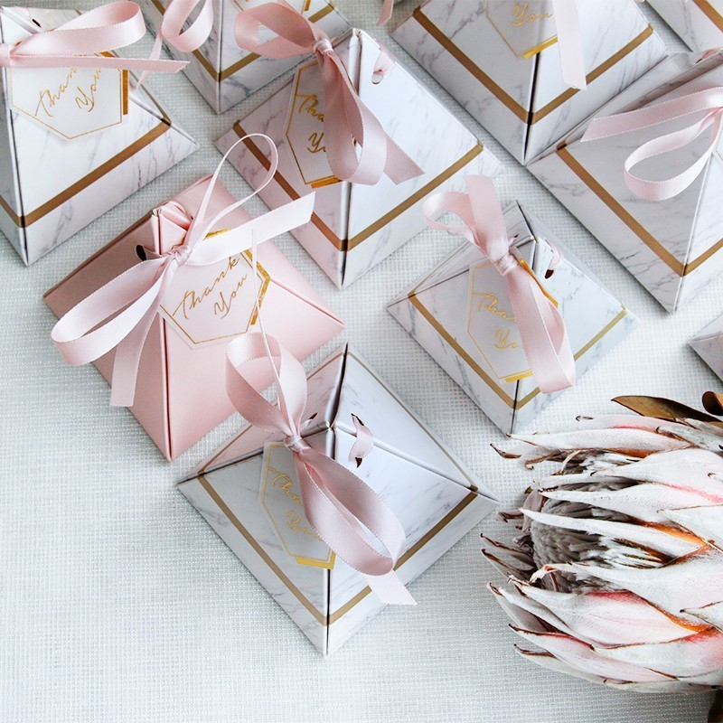 New Creative Triangular Pyramid Marble Candy Box Wedding Favors Gifts Boxes Chocolate Box Giveaways Boxes Party Supplies