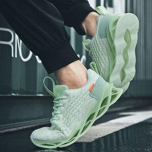 Image 3 - 46 męskie buty do biegania 2020 wiosna nowe męskie tenisówki miękkie siatkowe obuwie oddychające modne czarne buty sportowe obuwie zimowe męskie