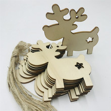 10pcs/bag Hollow Wood Reindeer Wall Hanging Ornament Natural Manual Patch Christmas Tree Decoration Craft 8.6x8.4cm