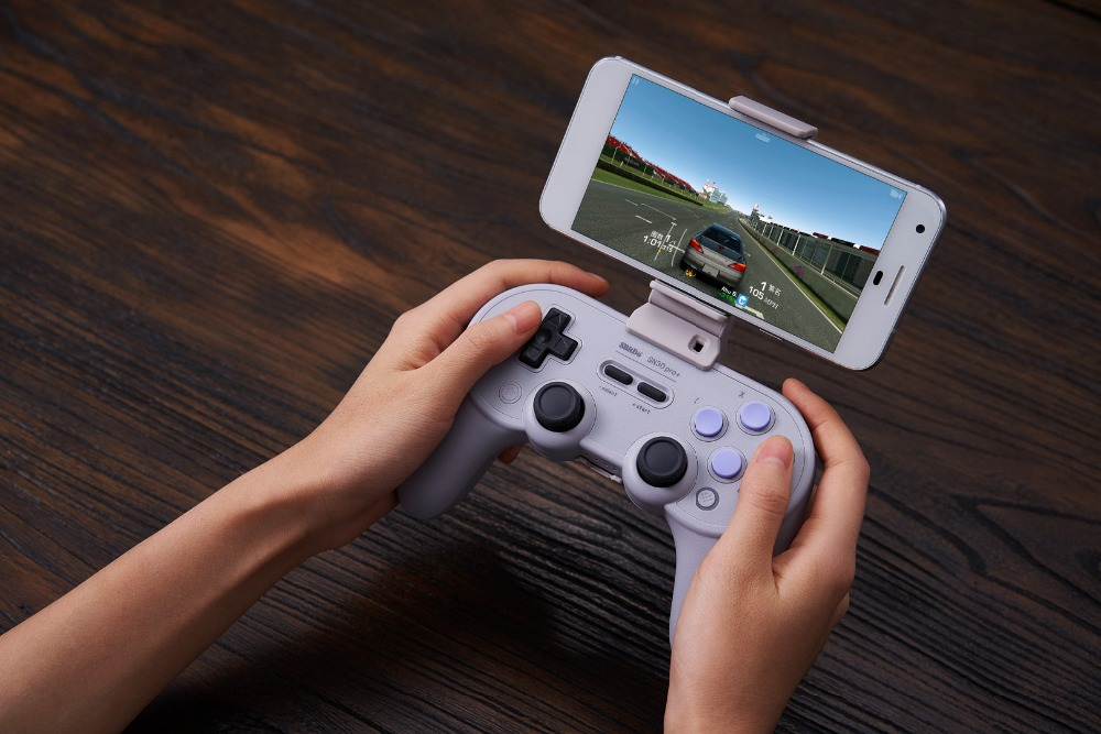 8BitDo Smartphone Clip for SN30 Pro+ Bluetooth Gamepad 17