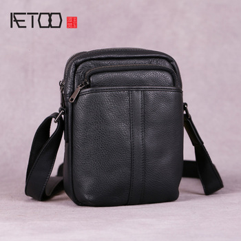 AETOO Men's Mini Bags, Leather Shoulder Bags, Vintage Youth Leather Men's Bags