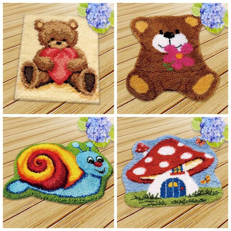 Cute Bear Latch hook Kit Rug Canvas Knit Cushion Embroidery Carpet Crocheting Latch Hook DIY Kits Cross Stitch Fomiaran Needlework