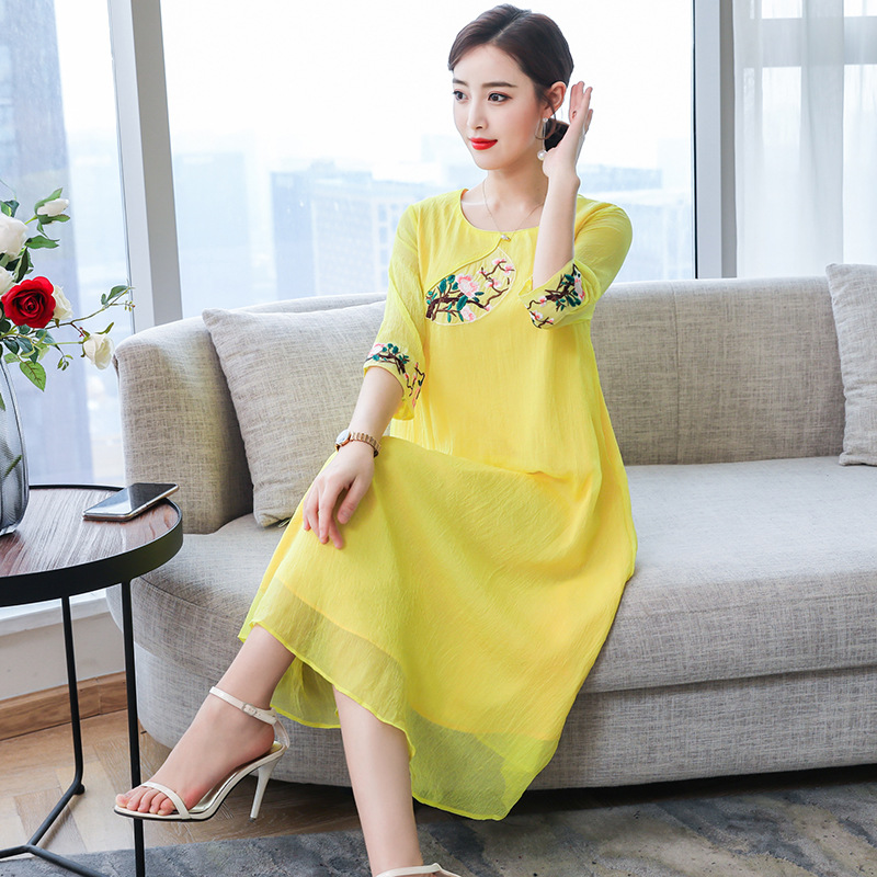 2019 Summer New Style Literature And Art Elegant Large Size Imitated Silk Fabric Embroidery Slimming Dress Improved Cheongsam