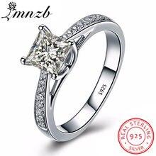 Женское кольцо из серебра 100% пробы с фианитом 1 карат