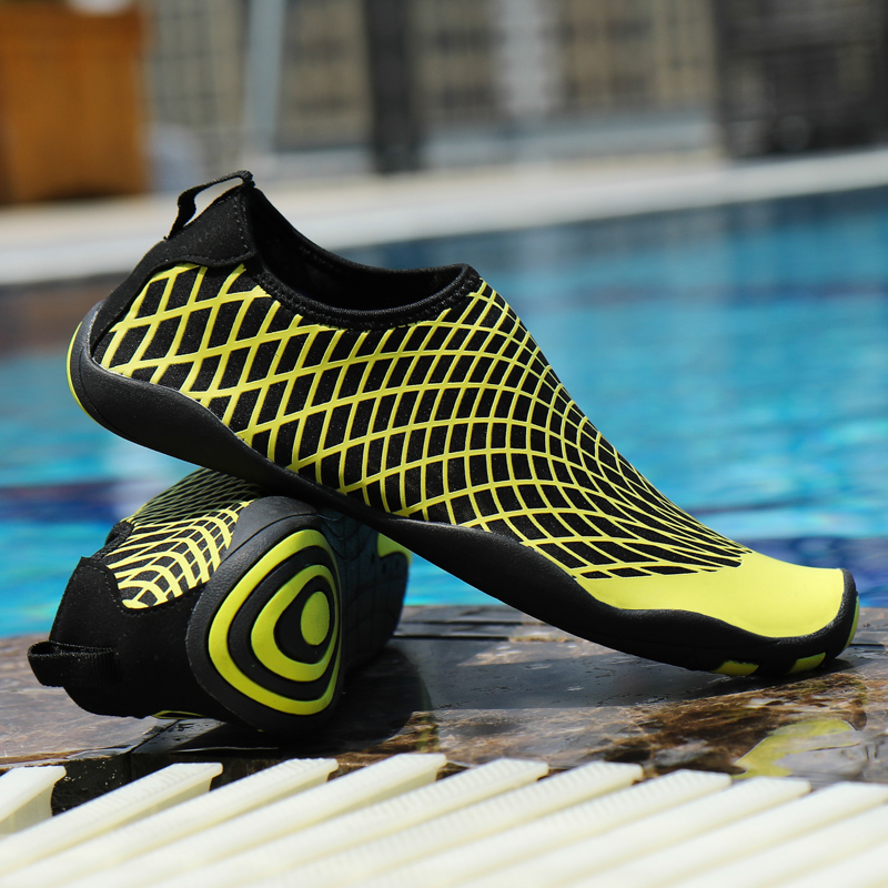 Men's shoes outdoor casual shoes wading sports shoes beach shoes surf slippers outdoor quick-drying swimming shoes