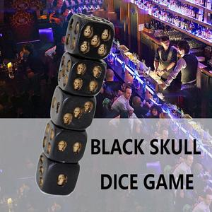 Funny Design Skull Dice Gambling Dice Tower Universal Six Sided D6 Dice 3D Skeleton Dice Portable Games Accessory(China)
