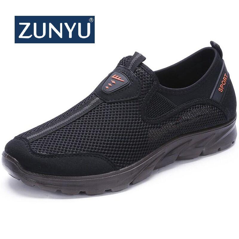 Мужские сетчатые кроссовки ZUNYU, дышащие, без шнуровки, лоферы, Повседневная прогулочная обувь, 38-48