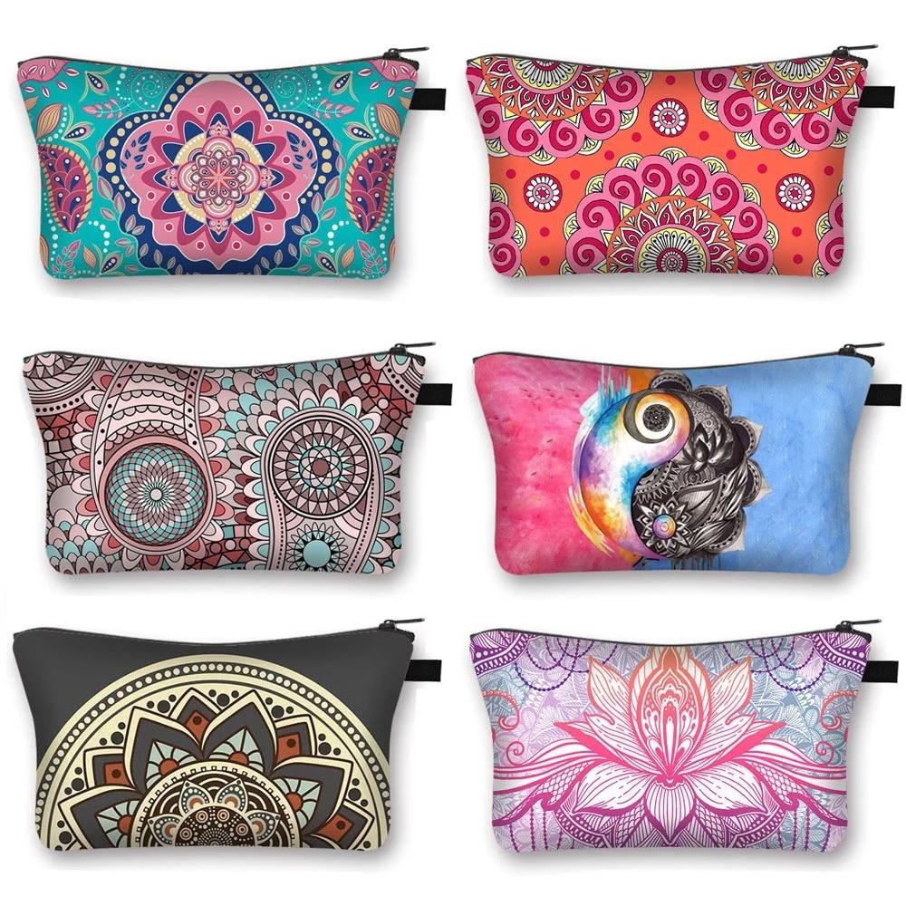 Mandala Flower Print Cosmetic Bags Women Makeup Bag Water Resistant Makeup bag Organizer Bag Women Multifunction Beauty Bag