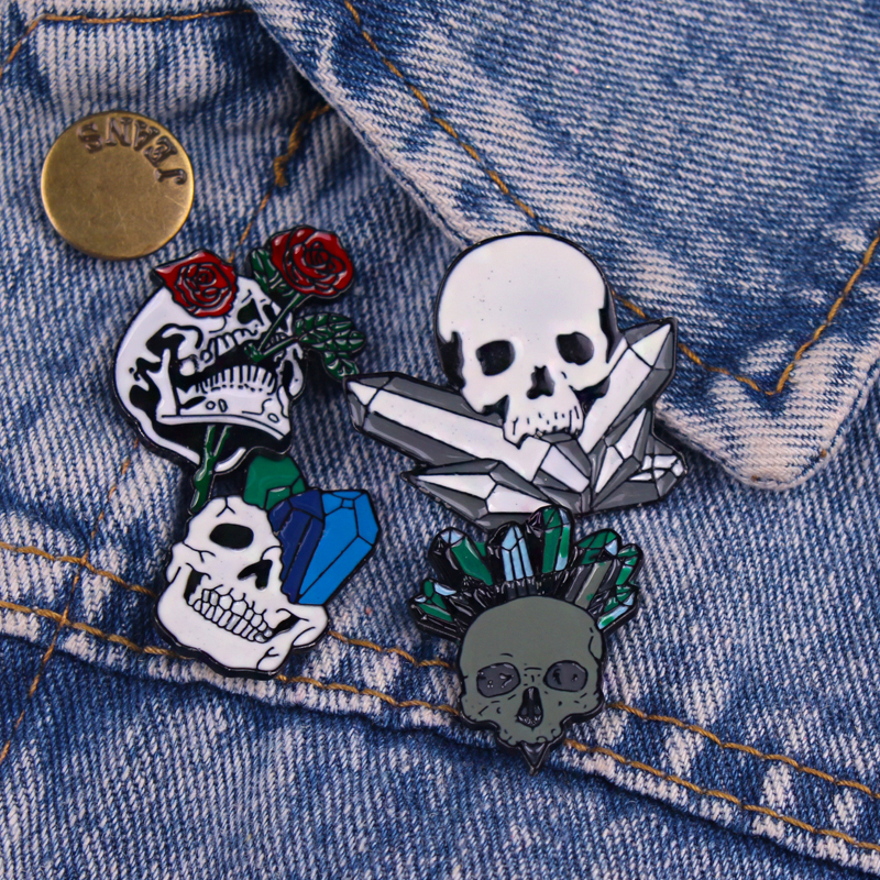 Punk Brooch Black White Skull Metal Badges On a Backpack Set Lapel Pin Bags Badge Gifts Jeans Jacket Enamel Pins Paired Jewelry