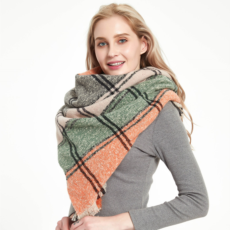 2020 Designer Women Scarf Scarf Female Plaid Scarves Triangle Blanket Shawls and Scarves Cashmere