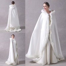 2020 Custom Made New Two Layers White Fur Cloak With Hat Winter Bridal Wraps Studio Photography Wedding Photos Props Shawl