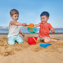 купить Hape Beach toys sand toys Soft Silicone SandBox Set Sea Sand Bucket Bath Toy дешево