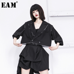 [EAM] Lose Fit Schwarz Grat Große Größe Kurze Jacke Neue Revers Hülse Mit Drei Vierteln Frauen Mantel Mode Flut frühling 2020 1N690