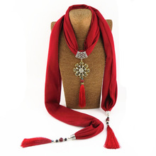 New type of flower polyester-cotton ceramic bead alloy flower pendant scarf necklace national pendant scarf стоимость