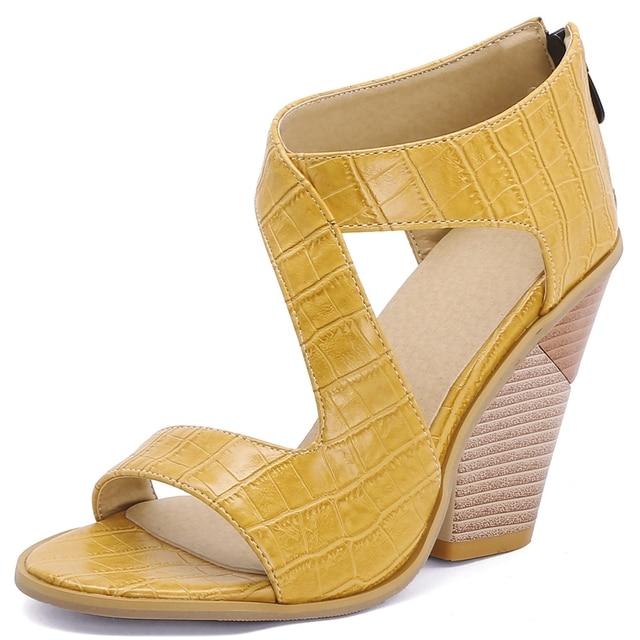 Фото doratasia/пикантные женские босоножки с круглым носком; модные