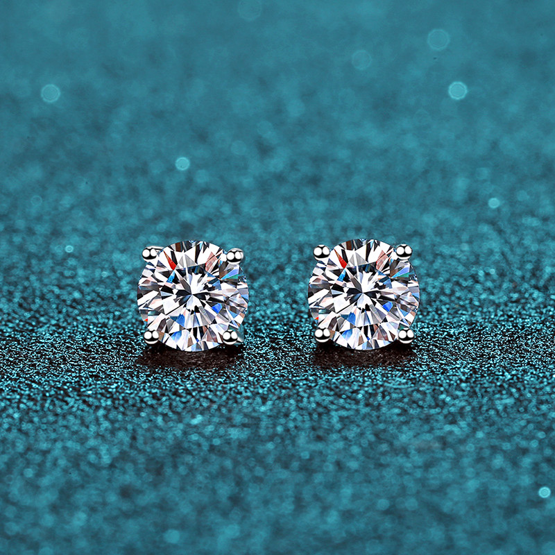 BOEYCJR 925 Classic Silver 0.5/1ct F Color Moissanite VVS Fine Jewelry Diamond Stud Earring With Certificate For Women Gift