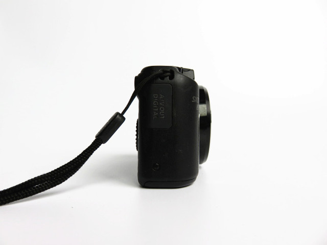 USED Canon PowerShot SX170 IS 16.0 MP Digital Camera 16x 720p HD video  Optical Image Stabilizer 3