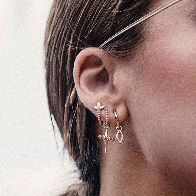 USTAR-Star-Moon-Stud-Earrings-set-2018-fashion-jewelry-Earrings-for-women-female-girl-Geometric-hanging.jpg_640x640 (1)