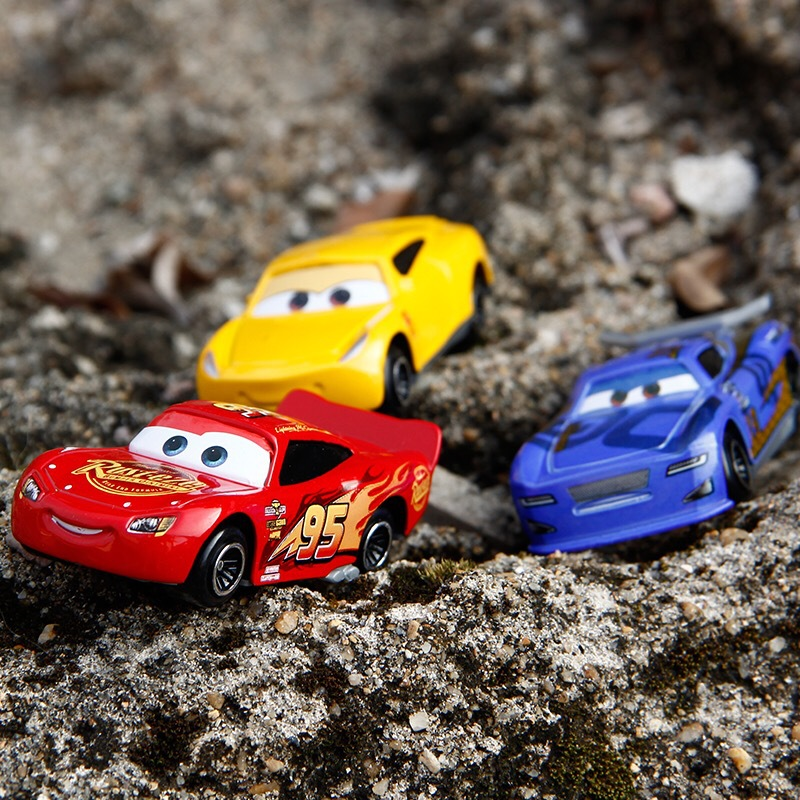 7PCS/Set Disney Pixar Car 3 Lightning McQueen Jackson Storm Mack Uncle Truck 1:55 Diecast Metal Car Model Toy Boy Christmas Gift 5