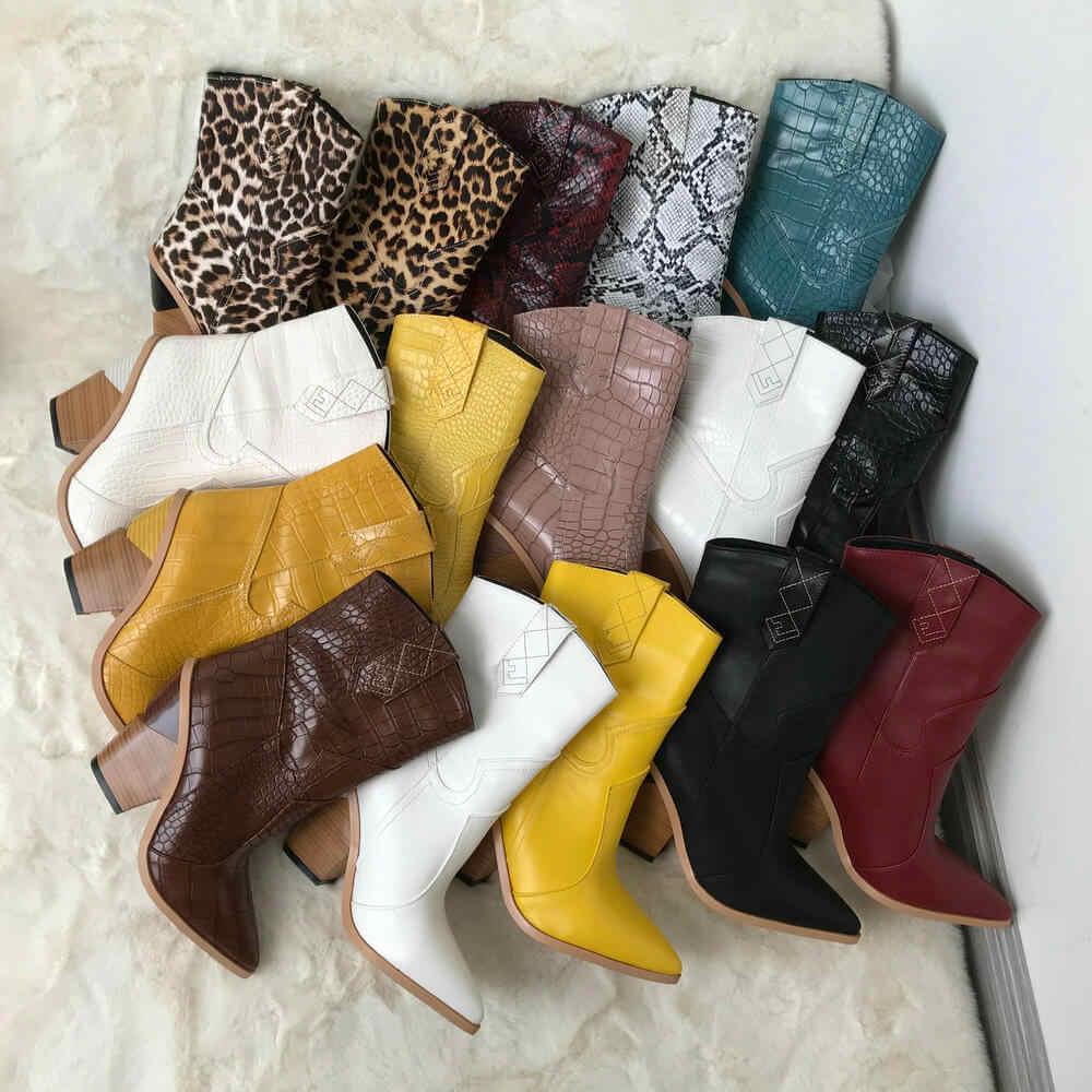 Beyaz bej siyah sarı Faux deri kovboy yarım çizmeler kadınlar için kama yüksek topuk çizmeler yılan baskı batı Cowgirl botları 2019