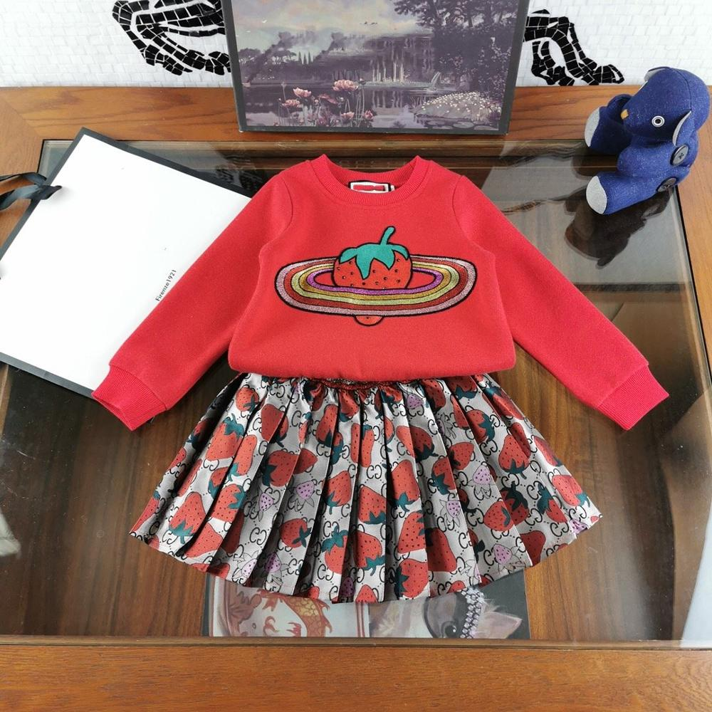 Girls Clothing Sets Luxury Brand DesignCartoon Strawberry Embroidery T-Shirts Pleated Skirt 2Pcs Girls Clothes Sets Kids Costume