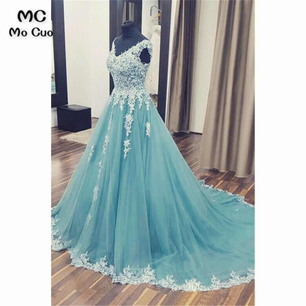 Vintage Long   Prom     Dresses   Evening Gown with Lace Appliques V-Neck Tulle Vestido de festa Women   prom     dresses   Custom Made