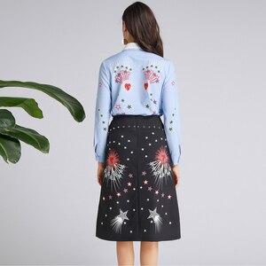 Image 5 - AELESEEN Ruway impreso Oficina señora Twinset lujo cuentas Collar lentejuelas azul camisa Tops + negro estampado estrella media pantorrilla falda