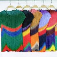 Plus Size T Shirt Women Summer 2019 New Gradient Sleeveless Slim Round Neck Sleeveless Elastic Miyake Pleats Bottoming Vest
