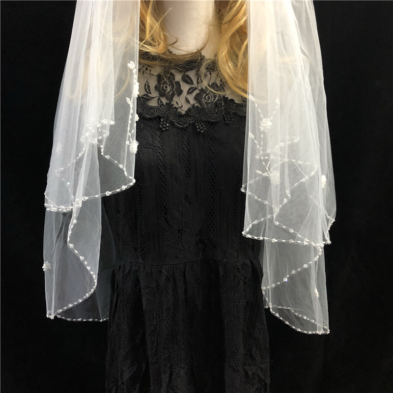 Two-Layer Women's Short Wedding Veil Sequins Beaded Floral Lace Trim Bridal Mesh Veil With Comb Wedding Accessories