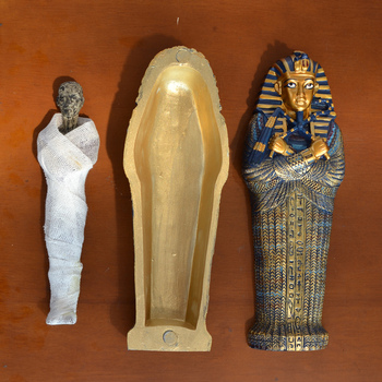 [Funny] Crafts Ancient Egypt Pyramid Figure Doll Statue Mummy Bust Coffin Model The Golden Mask Collection Model Home Decor gift фото