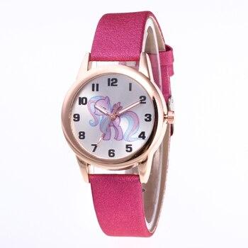 Quartz Leather Strap women Watches