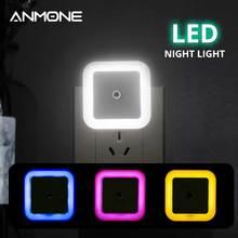 Luz Nocturna LED con Sensor inalámbrico, minilámpara de inducción cuadrada, enchufe europeo y estadounidense, para dormitorio de niños y sala de estar