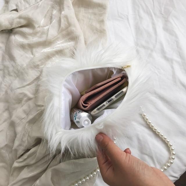 White shoulder bag fashion faux fur handbag soft and comfortable suede handbag round autumn and winter hot mini pearl chain bag 3