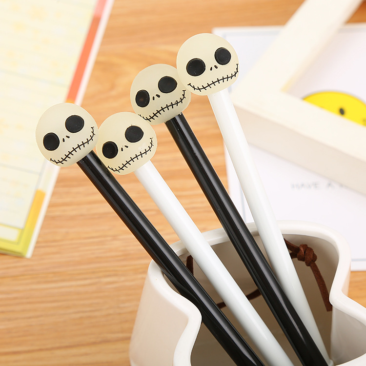 SML 1pcs/pack Creative Stationery Cartoon Silica Skull Gel Pen Cute Funny Emoji-style Joking With Friends On Halloween Write Pen