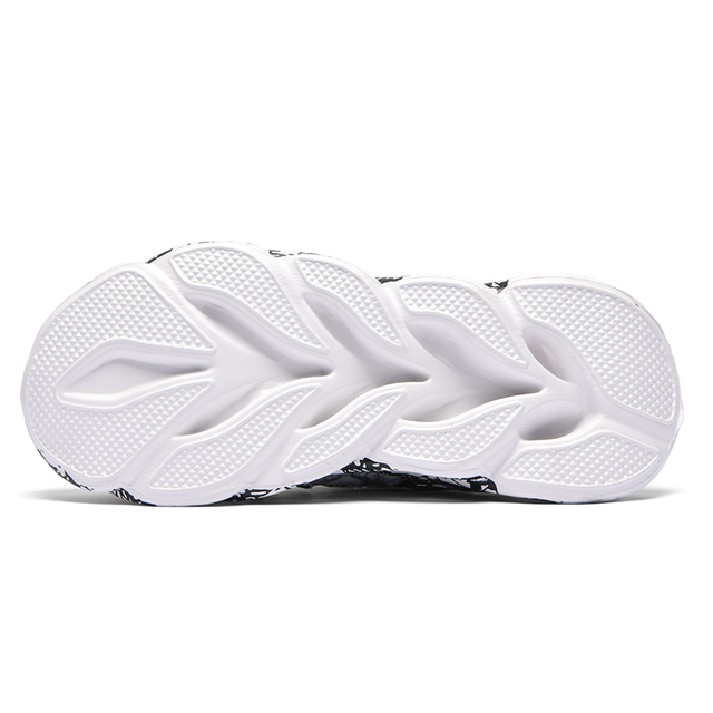 Breathable Men Sneakers 10