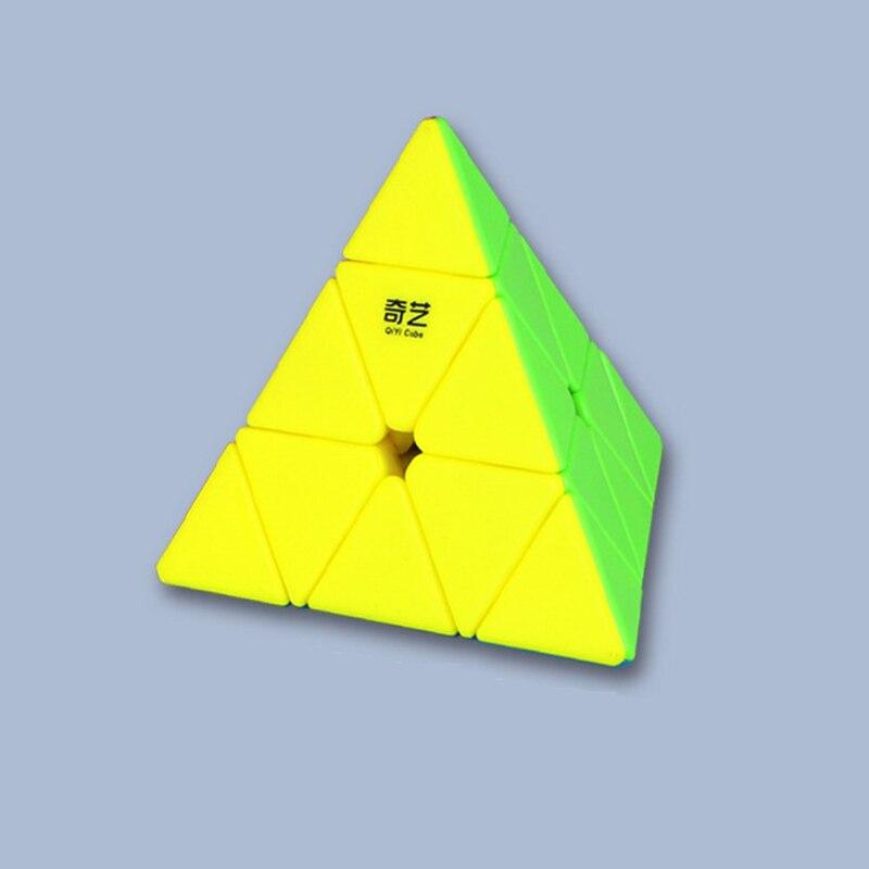 Qiyi Qiming vitesse magique Cube pyramide vitesse Cube briques magiques bloc cerveau Teaser nouvel an cadeau jouets pour enfants cubo magico