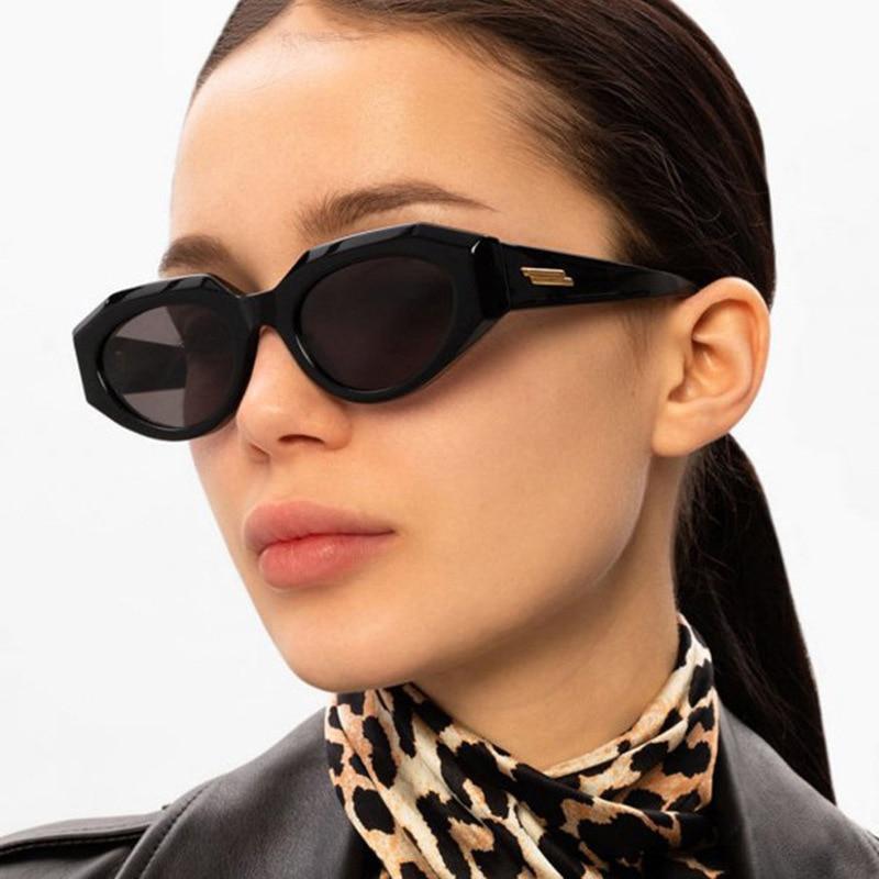 ERILLES Damen Cat Eye Sonnenbrille Frauen Marke Designer-Mode Vintage Retro Kleine Rahmen Sonnenbrille Weibliche UV400 Schutz
